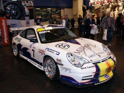 Porsche 911 GT3 Racing Car : click to zoom picture.